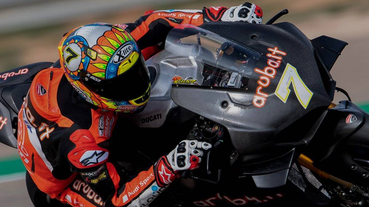 Davies Ducati V4 R
