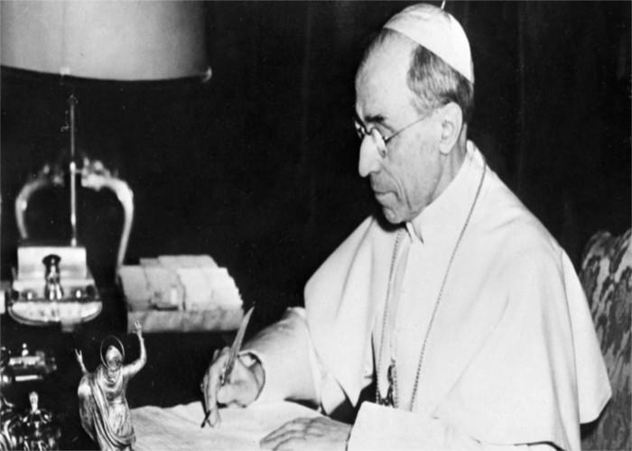 Gli archivi vaticani e il mistero di Pio XI e Pio XII