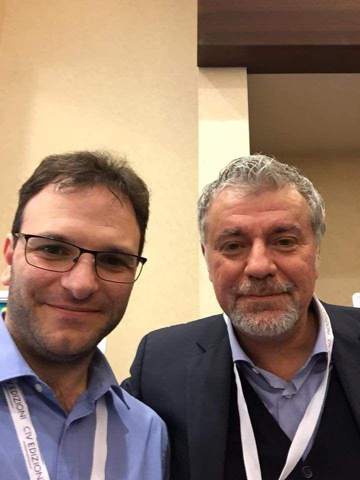 Salvo Di Grazia in compagnia di Giuliano Parpaglioni, membro di La Scienza Risponde