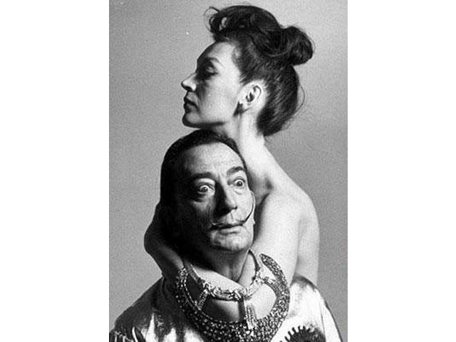 Salvador Dalì con Gala Eluard Dalì. (foto dal web) MMI Today | La Partenope dei cieli