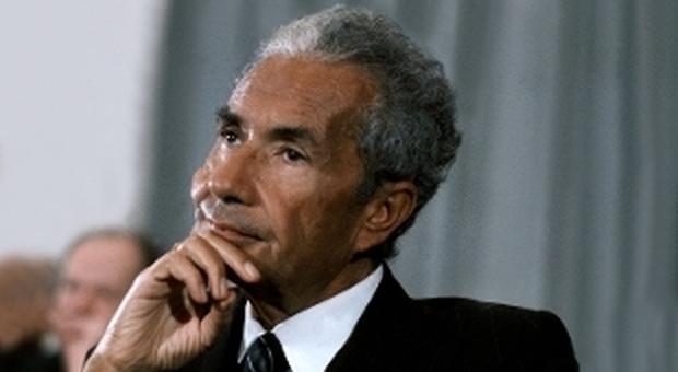 Aldo Moro in una foto a colori
