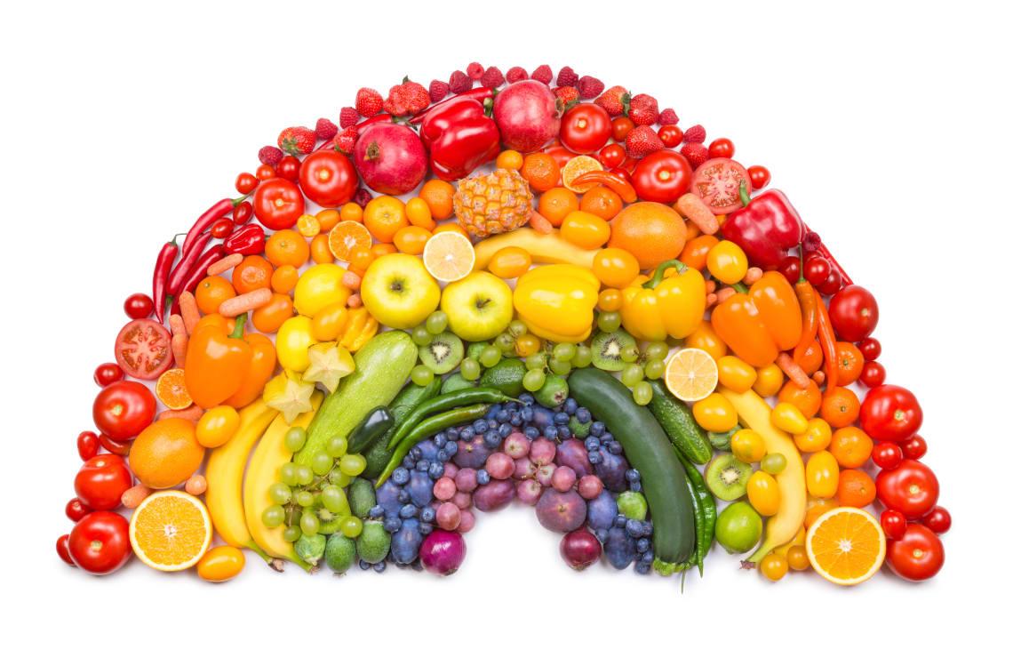 Arcobaleno di frutta e verdura. MMI Today | La GNBN (immagine dal web)