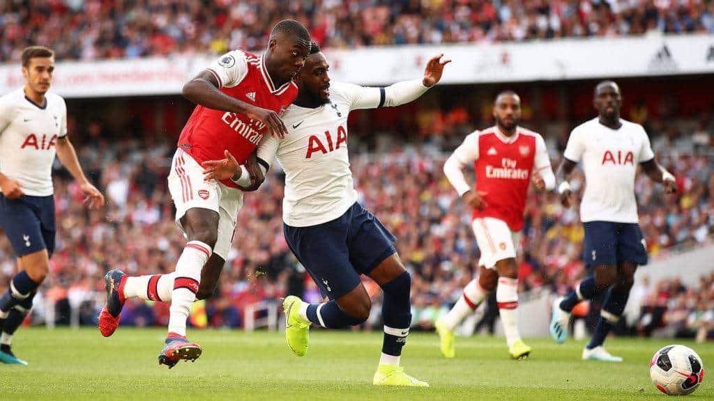 Uno dei tanti duelli Pepé-Rose. L'ex Lille è stato uno dei migliori per coach Emery domenica (Premier League)