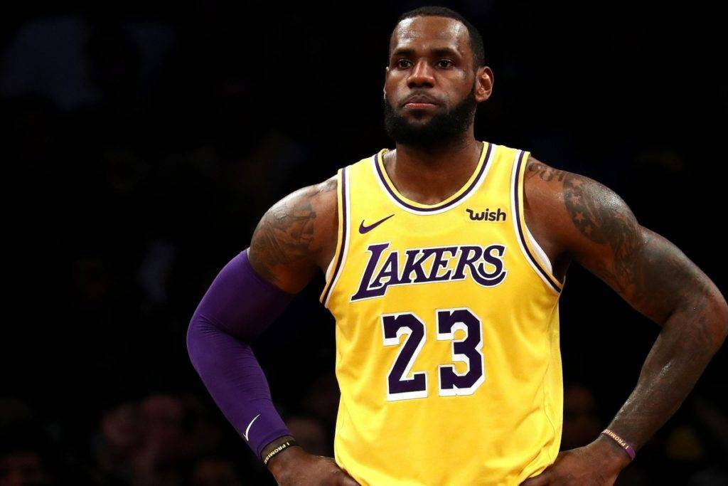 LeBron James in maglia Lakers