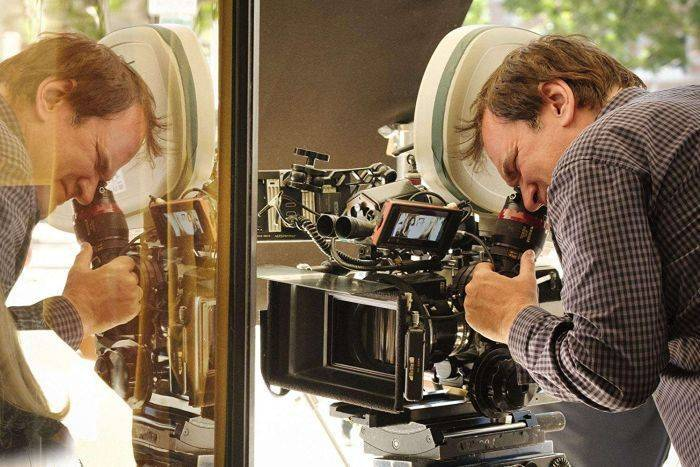 Quentin Tarantino sul set. PhotoCredit: dal web