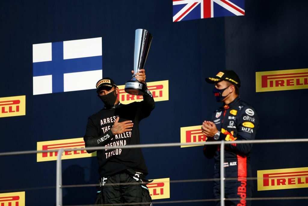F1, la FIA dice no alle magliette sul podio
