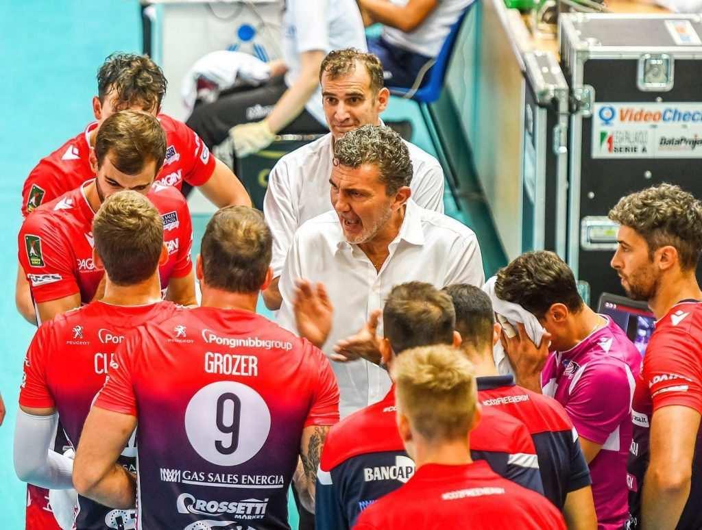 Volley, Piacenza: ufficiale l'esonero di Gardini