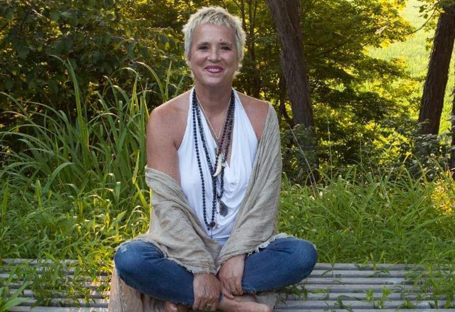 Eve Ensler - Photo Credits thankyou.kuow.org  Kate Winslet