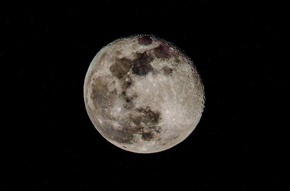 Acqua sulla Luna, il sogno è diventato realtà