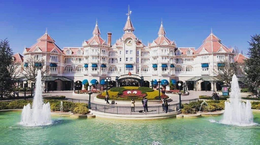 Il Fantasia Garden e il Disneyland Hotel.