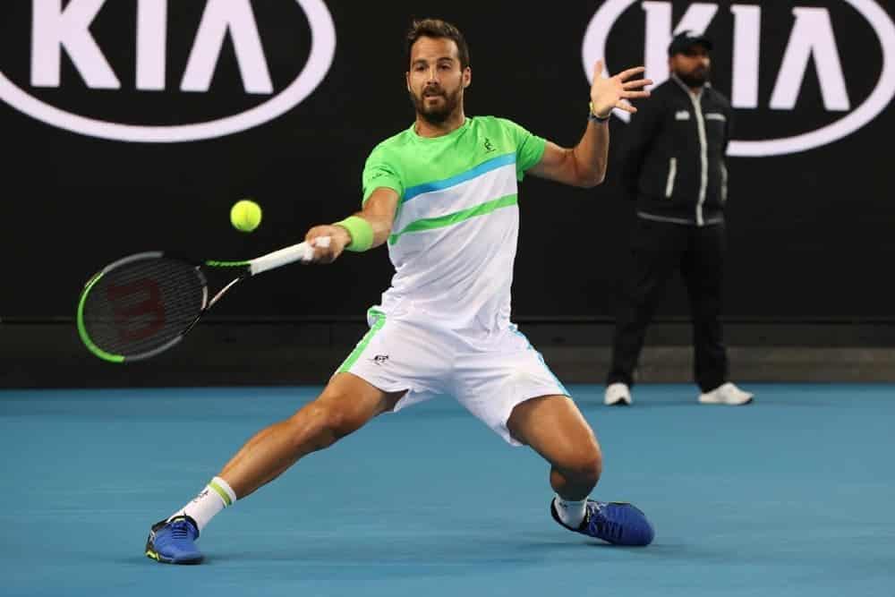 Un super Caruso elimina Auger-Aliassime e raggiunge i quarti — ATP Sofia