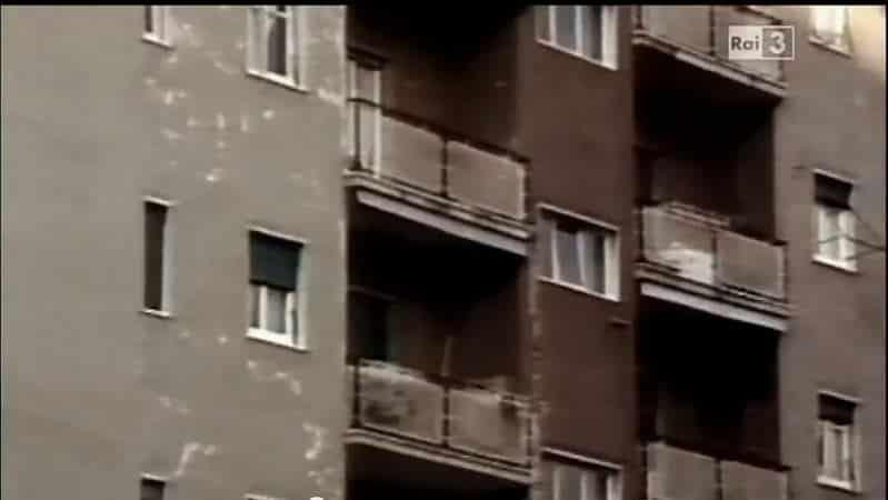 Immagine del palazzo di Via del Caravaggio , luogo della strage   photo credit: stylo24.it