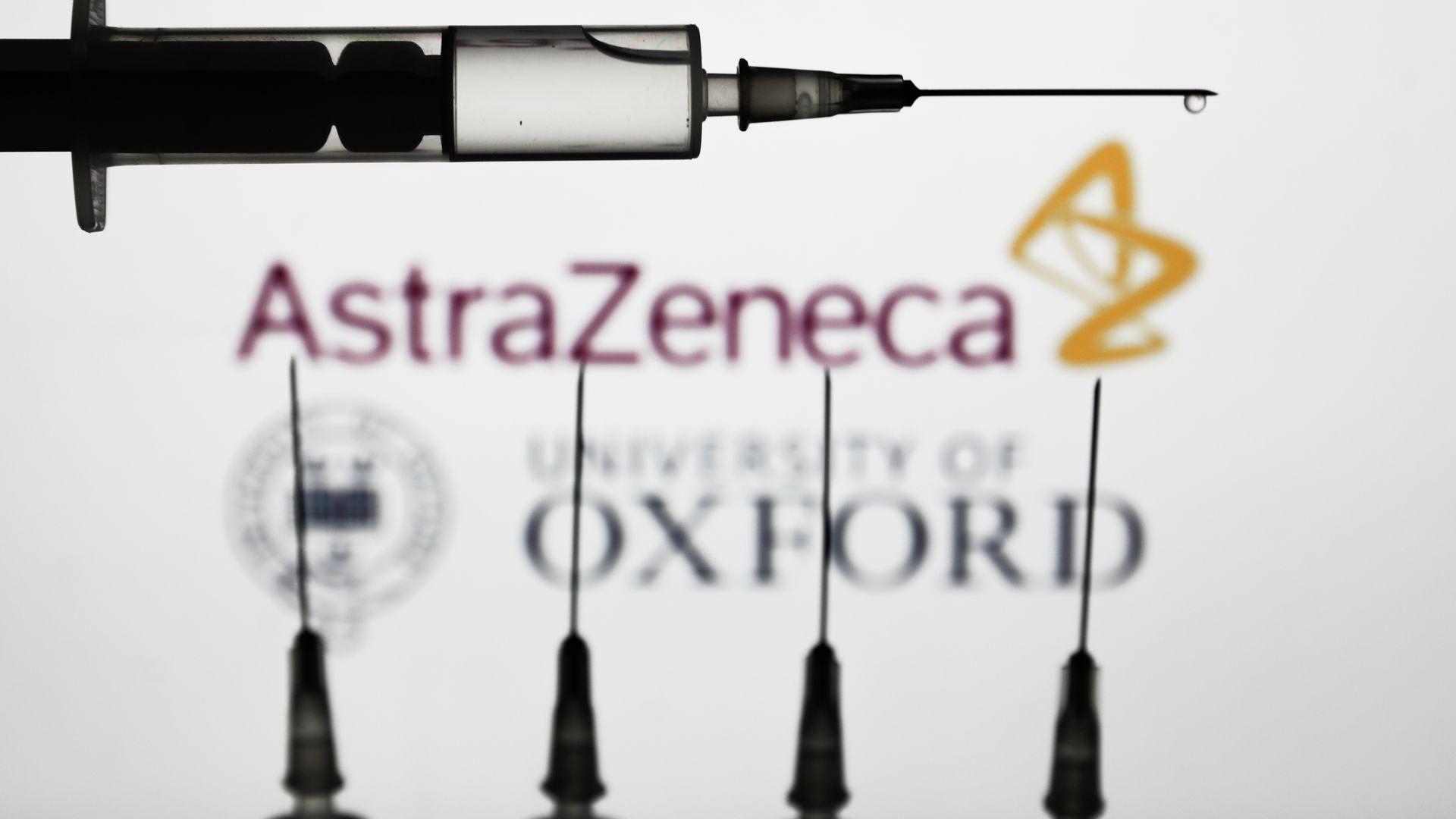 """Coronavirus, vaccino AstraZeneca: """"Improbabile"""" che venga approvato entro gennaio"""