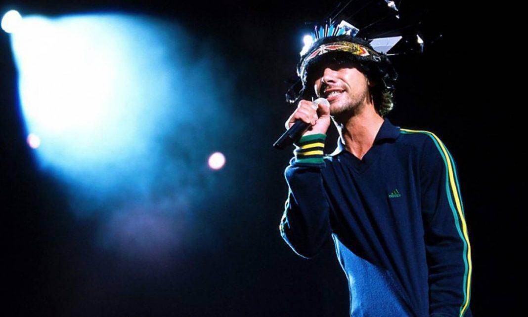 Jay Kay - Photo Credits newsbomb.gr