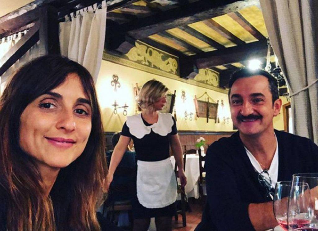 Manuela Suma con il marito Nicola Savino - photocredits: sologossip