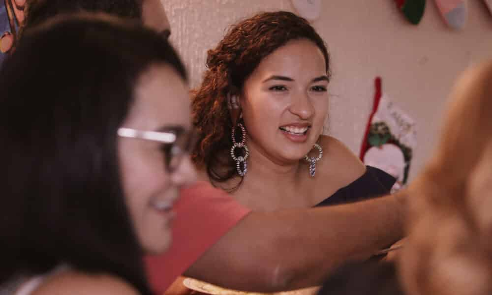Bayamon, Puerto Rico - Alondra Toledo has dinner with her family in Puerto Rico. (Credit: Future of Work Film Inc)