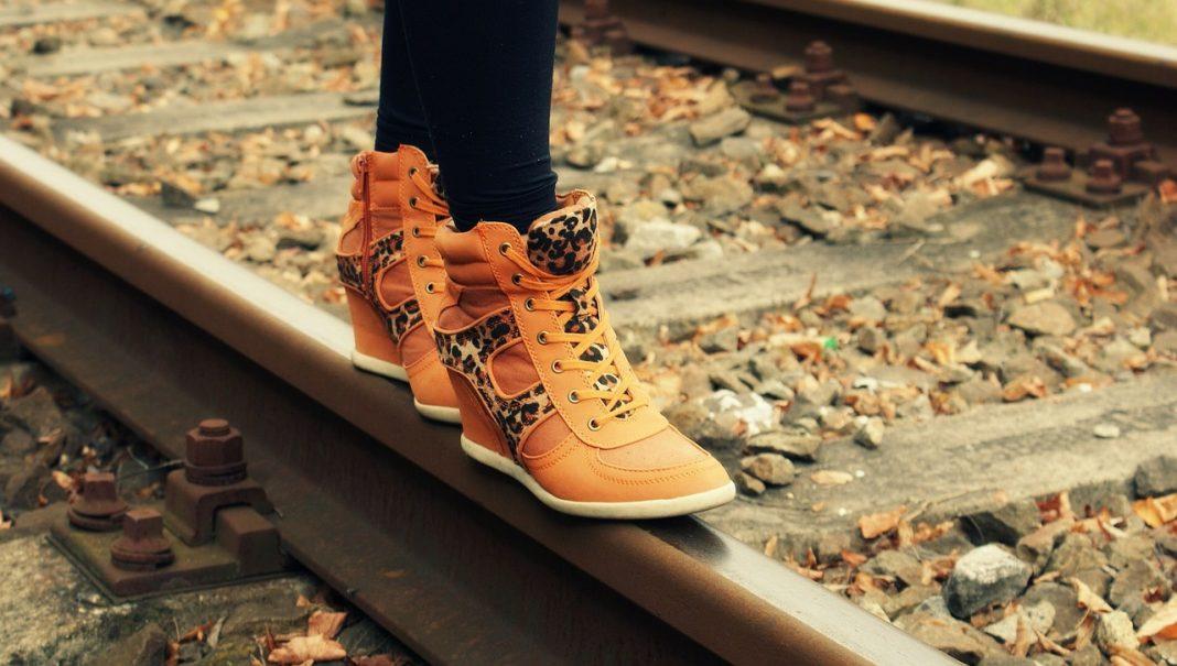 calzature di tendenza