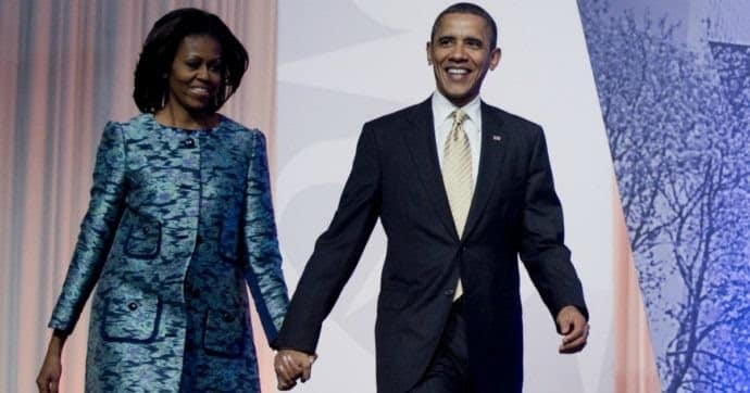 Barack Obama con la moglie - Photo Credits: Netflix