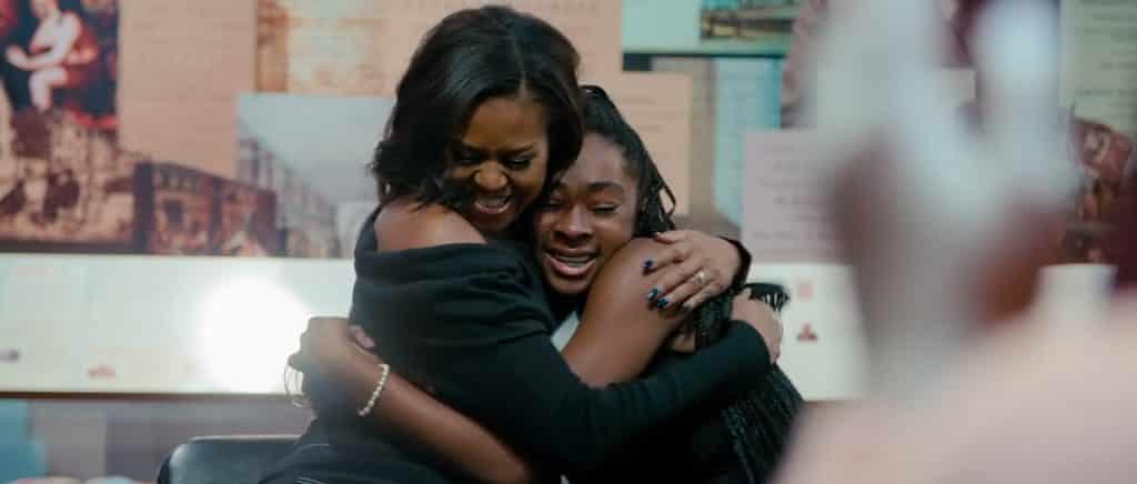 """Michelle Obama e la figlia nel docufilm """"Becoming"""" - Photo Credits: Netflix"""