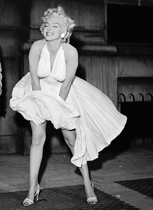 """Marilyn Monroe nella scena iconica dal film """"Quando la moglie è in vacanza""""- photo credit: dal web"""
